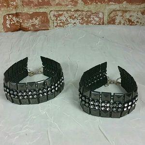 2 ankle bracelets thick black studded Crystal
